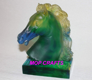 Clear Horse Gifts Home Decor