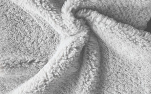 Solid Knitted Polyester Sherpa Fur Fabric (ESTH-457)