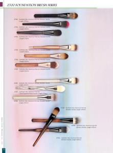 High Quality 2700 Series Foundation Makeup Cosmetic Brush